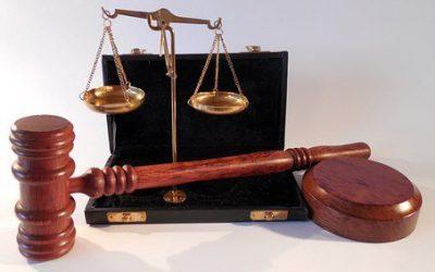Geen aanspraak op dwangsommen, door een fout van de rechter
